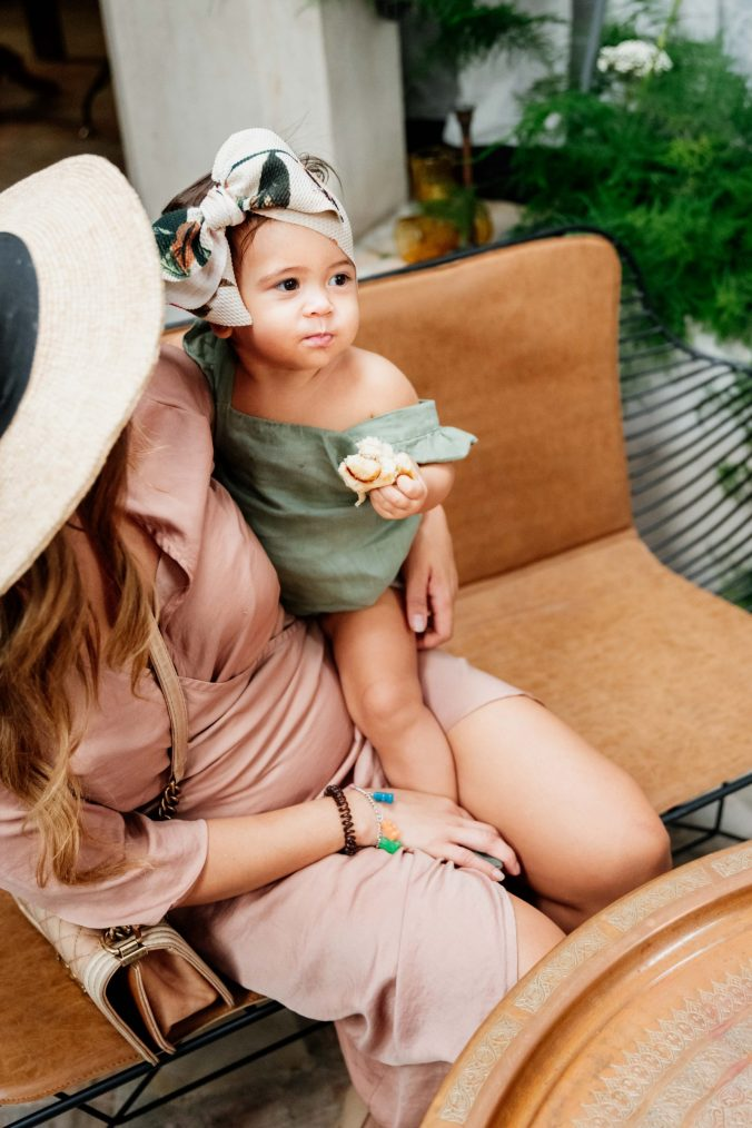 Jeri from @my_wild_tribe_ with her adorable baby daughter, Naya